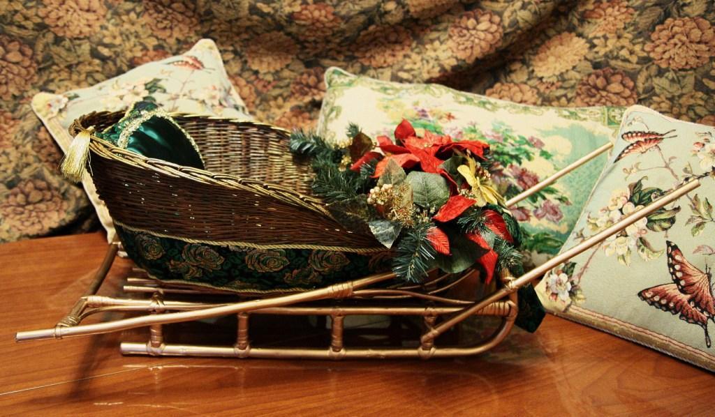 Сани для новогоднего подарка
